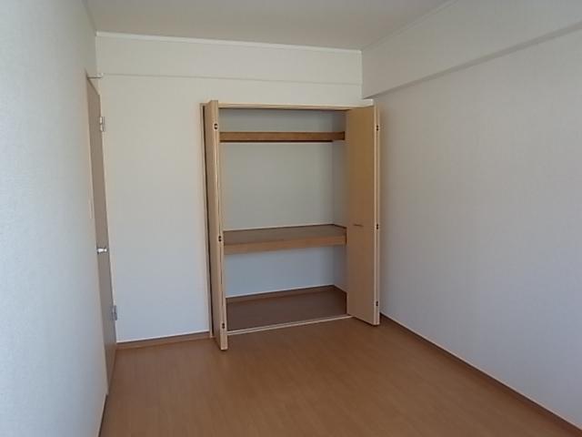 グレーシィ東生駒リフォーム後洋室